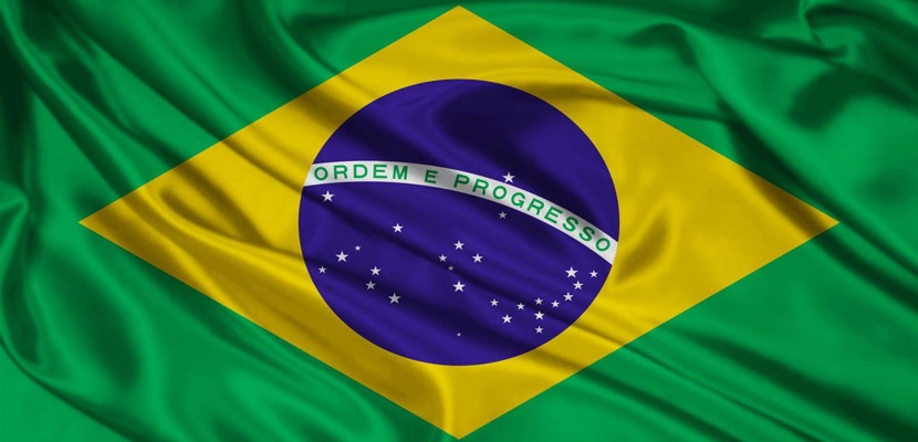 """Con performance denuncian la """"ruptura social"""" que hay en Brasil"""