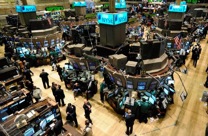 Sufre Wall Street su peor caída en seis meses