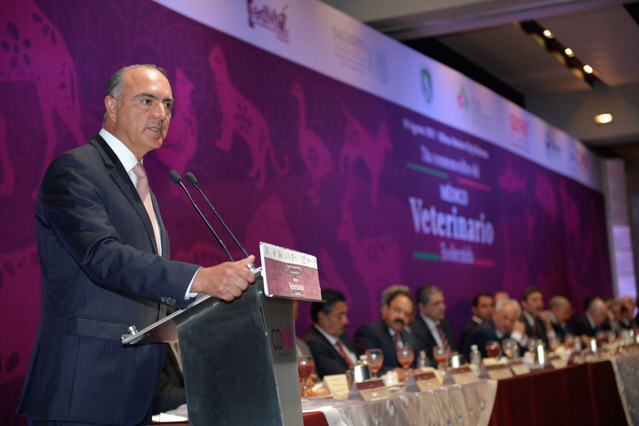 Competitividad y prestigio del sector agroalimentario, garantía de que a México le va ir bien en la negociación del TLC: JCR