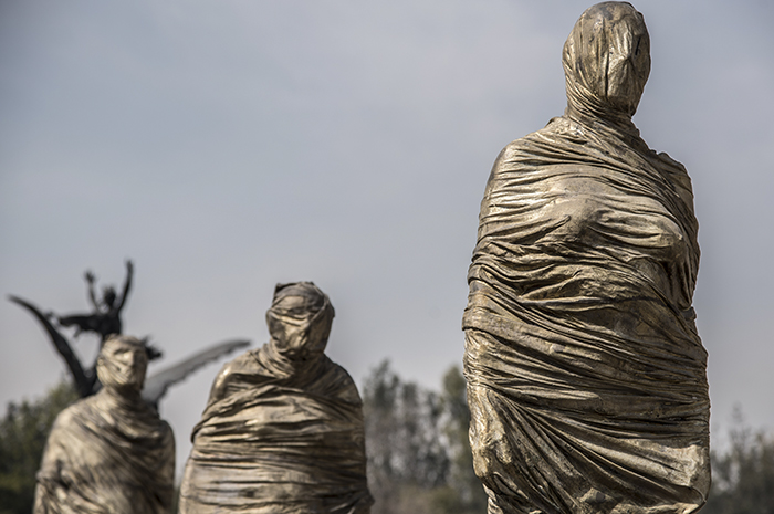El ruido generado por el choque de los cuerpos, inunda explanada de Bellas Artes