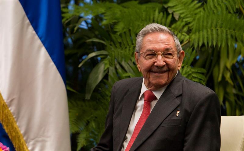 Raúl Castro dejará presidencia de Cuba en abril de 2018