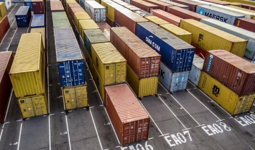 Aumenta el déficit comercial de EE. UU