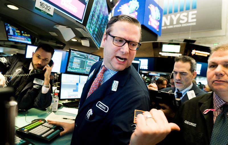 Wall Street abre al alza y el Dow Jones sube un 1,07 %