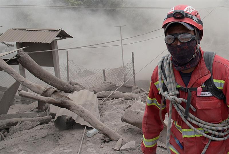 Ya son 75 muertos y 192 desaparecidos por erupción del Volcán de Fuego