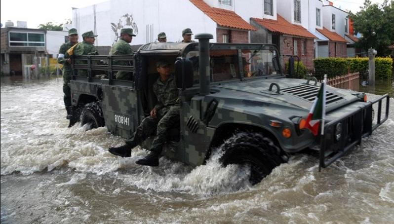Causan lluvias inundaciones en Jojutla; afecta a damnificados del 19-S
