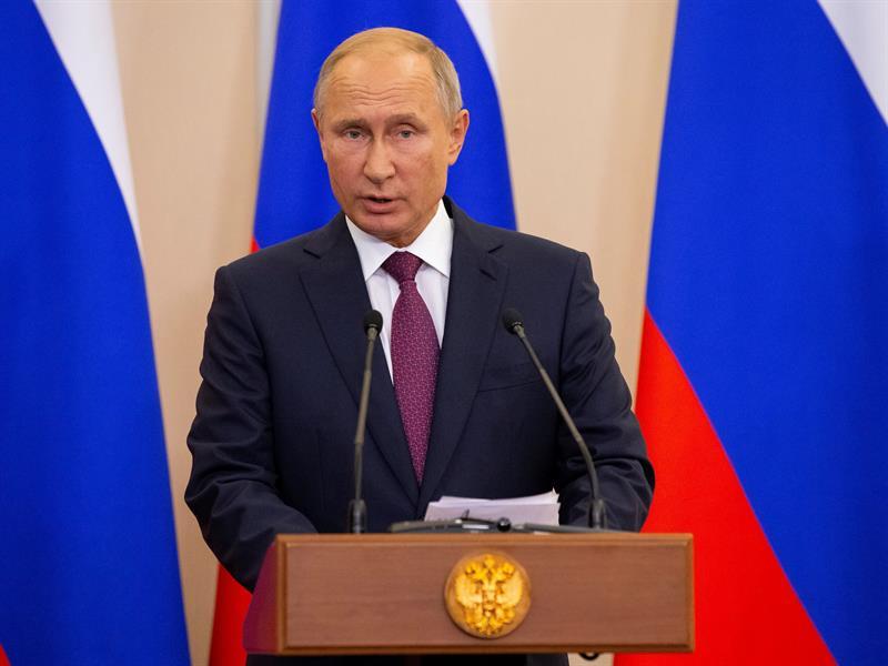 Putin anuncia que reforzará la seguridad de los militares rusos en Siria