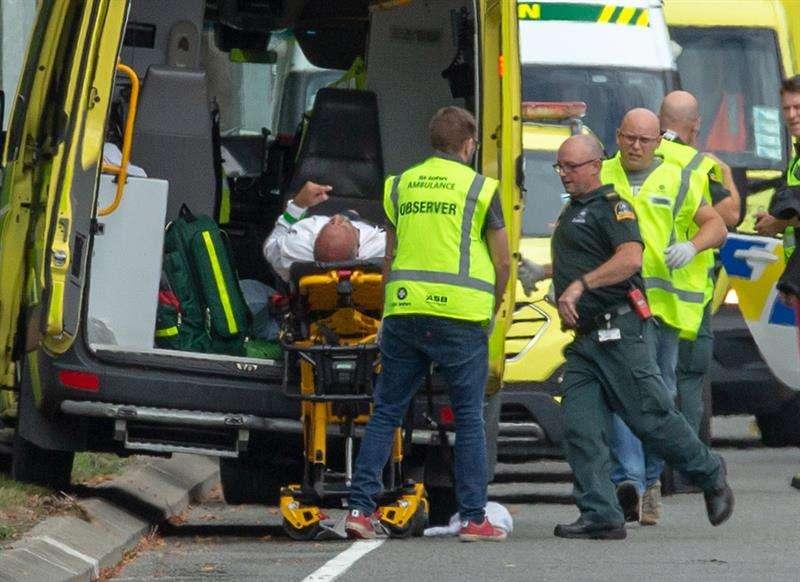 Ataque contra dos mezquitas en Nueva Zelanda causa 49 muertos
